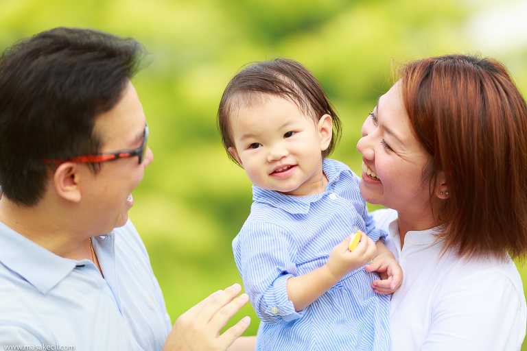 Singapore photographer - outdoor children and family photography